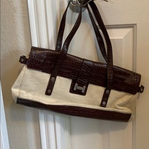 Woman's Tommy  Hilfiger handbag